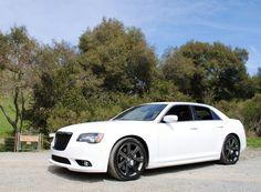 chrysler 300 srt8   2013 Chrysler 300 SRT8: Ridelust Review