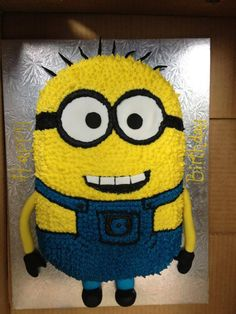 Minions Cake ... @Marsha Penner Penner Boyd  think you can make one like this?