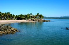 Las Islitas, Nayarit.- Joining the impressive palm trees and green hills that border the crystal-clear waters are Las Islitas, one of the icons of the bay.