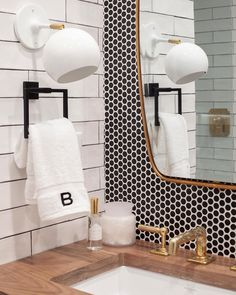 12 elegant ways to use Penny Tile throughout your home Penny tiles have a retro feel, but can be used in ways that minimize appearance, e. on a shower floor or Penny Tile Floors, Bathroom Floor Tiles, Tile Flooring, Penny Tile Bathrooms, Kitchen Backsplash Tile, Bathroom Cladding, Shower Floor Tile, Backsplash Ideas, Home Luxury