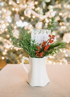 DIY Hostess Gifts | Christmas Wrapping | Printables | Thank you cards | Holiday Crafts
