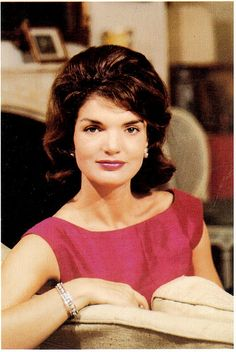 Postcrossing US-2425574 - Jacqueline Kennedy at Georgetown in the spring of 1959.  Card sent to Postcrosser in the United Kingdom.