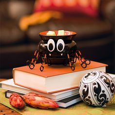 Itsy Bitsy Element Warmer | Scentsy Fragrance   I love this warmer it's perfect for Halloween