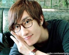 and lastly. Zhou Mi ♡ ^^ I haven't gotten to know you that well, tbh, but you're still adorable~ FOR SUPER JUNIORRR < 3 Henry and Zhoumi belong in SuJu too *^* ZhouRy doe. Kim Ryeowook, Cho Kyuhyun, Kim Kibum, Siwon, Leeteuk, Super Junior, Video Channel, Korean Bands, Social Media Marketing