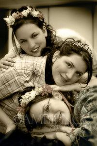 posing ideas for 3 sisters - Digital Grin Photography Forum