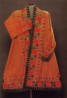 Shapan robe Kazakhstan. 1870s Suede, with chain-stitch embroidery in silk.