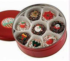 Christmas Tin of 16 Oreo Cookies