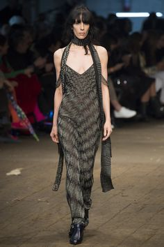 73135b2a61a8 Missoni Fall 2016 Ready-to-Wear Collection Photos - Vogue Missoni,  Mailänder Modewoche