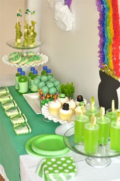 St. Patrick's Day food/drink table ideas!