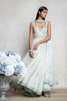 beautifulsouthasianbrides:  Outfits by:Tarun Tahiliani