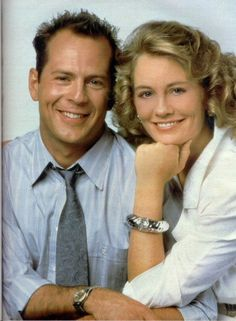 """David & Maddie in """"Moonlighting"""" (Bruce Willis & Cybil Shepherd) Yup, Maddie Hayes. Now you know the origin of a certain email address! Best Tv Couples, Famous Couples, Patrick Dempsey, Addison Montgomery, Grey's Anatomy, Meredith Gray, Moonlighting Tv Show, Ellen Pompeo, Cybill Shepherd"""