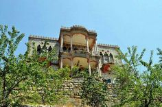 Very old house in felougha mount Lebanon. I know the place!!!!!