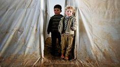 SYRIA: Den syriske borgerkrigen har jaget 500.000 mennesker på flukt til nabolandene. Men disse er heldige i forhold til over 2,5 millioner som skal være drevet hjemmefra inne i Syria. Der er ingen steder trygge. - Aftenposten
