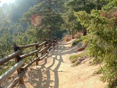 """Awesome to have this """"in"""" our town -Barr Trail - #ColoradoSprings hiking."""