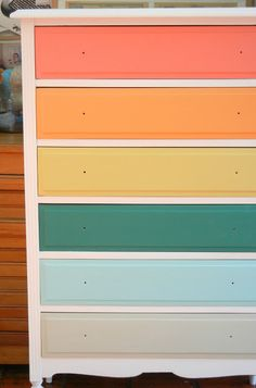 la casa de agus Recycled Furniture, Refurbished Furniture, Furniture Makeover, Painted Furniture, Kids Dressers, Dream Rooms, New Room, Girl Room, House Colors