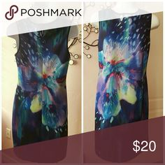 🌟New Arrival🌟 Apt.9 Vibrant comfy fit, poly/spandex blend 35 inches from the neckline to hemline X-Small Misses fits more like a  Misses size 4. Apt. 9 Dresses Midi