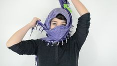 5 Ways to Tie a Shemagh - wikiHow Middle Eastern Scarf, Shemagh Scarf, 5 Ways, Fingerless Gloves, Arm Warmers, Tie, Fashion, Fingerless Mitts, Moda