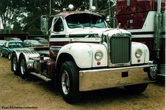 these old Macks are so cool - US Trailer would like to rent used trailers in any condition to or from you. Contact USTrailer and let us rent your trailer. Click to http://USTrailer.com or Call 816-795-8484