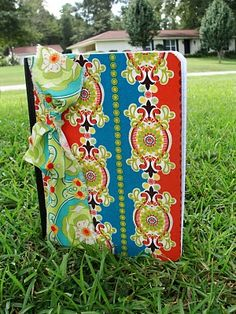 Imperfectly Beautiful: SERIOUSLY CUTE Fabric Covered Notebooks