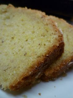Summer Squash Bread w/ Yellow Crooked Neck Squash squash recipes Summer Squash Bread, Summer Squash Recipes, Summer Recipes, Yellow Squash Bread Recipe, Easy Yellow Squash Recipes, Baked Summer Squash, Yellow Summer Squash, Dessert Bread, Dessert Recipes