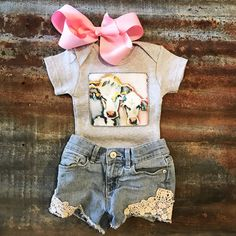 baby outfits Little girl outfits Baby Outfits, Little Girl Outfits, Kids Outfits, Newborn Girl Outfits, Toddler Girl Outfits, Cute Newborn Baby Girl, My Baby Girl, Baby Baby, Baby Cows
