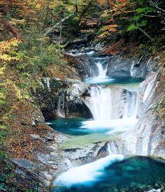 七ツ釜五段の滝 西沢渓谷 秩父多摩甲斐国立公園 山梨県