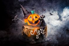 Today my beautiful daughter had her 5th 'spooky halloween' birthday party. It was mad but lots of fun. Cake all handmade by me - pumpkin is all cake plus I added our 2 black cats on the top. Totally awesome photography by Matt Trotman Photography Happy Birthday my Princess Carys