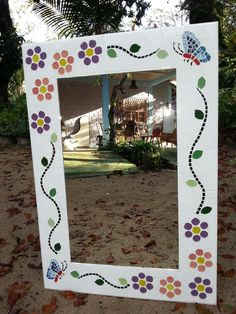 Mirror Mosaic, Mosaic Art, Mosaics, Bed Furniture, Glass Design, Glass Door, Crafts For Kids, Pottery, Frame