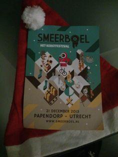 Smeerboel: Deze flyer is van het feest Smeerboel. Om het kerstthema extra kracht bij te zetten zat er een kerstmuts aan vast. Erg leuk en origineel gedaan! De flyer zelf is verder duidelijk en leuk. De verhouding tussen tekst en afbeelding is goed en alles is goed leesbaar.