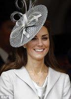 Reine & Princesses: Ordre de la jarretière, Windsor