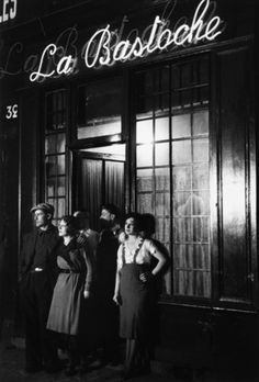 Brassaï  Un Bar Rue de Lappe (La Bastoche), ca. 1932