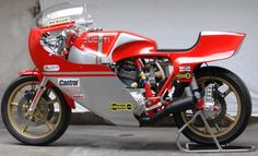 Ducati 900 racer