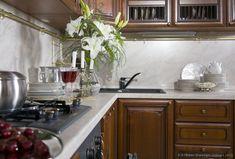 #Kitchen Idea of the Day: Dark Golden-Brown Kitchen in a smaller space.