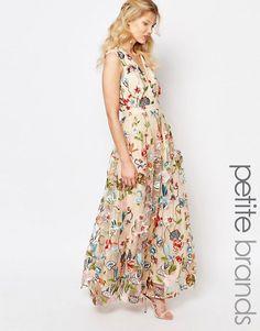 True Decadence Petite | True Decadence Petite - Maxi robe avec fleurs brodées