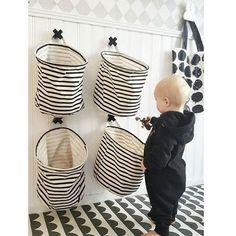 Here are 16 awesome ideas for diy Christmas decorations. Diy Bedroom Decor, Diy Home Decor, Playroom Organization, Playroom Decor, Baby Boy Nurseries, Kidsroom, Kid Spaces, Diy Storage, Interiores Design