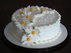 Birthday Cake Decorating Ideas With Buttercream - Birthday Cakes . Birthday Cake For Mom, Birthday Cake With Photo, Birthday Cake With Flowers, Birthday Cake Pictures, Beautiful Birthday Cakes, Happy Birthday Cakes, Beautiful Cakes, Amazing Cakes, Cake Flowers