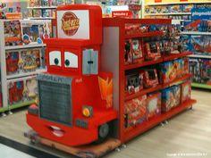 INNOVACION PLV | Góndolas Disney – ECI Marineda Stall Display, Pos Display, Display Design, Booth Design, Store Design, Merchandising Displays, Store Displays, Kids Store, Toy Store