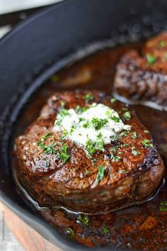 Filet Mignon with Garlic herb butter in a skillet Filet Mignon Recipes Grilled, Best Filet Mignon Recipe, Filet Recipes, Filet Mignon Steak, Filet Steak, Beef Steak Recipes, Meat Recipes, Cooking Recipes, Steak Recipes