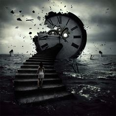 The effect of time will be a  disintegration? Of the body? Of the soul? Or both?  (Photo Manipulation par Norvz Autriche)