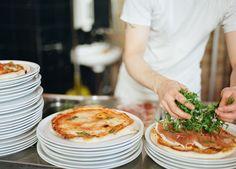 Il Sestante - Die Pizzeria in der Piaristengasse Pizzeria, Vienna Austria, I Love Food, City Guides, Location, Eat, Ethnic Recipes, Restaurants, Places