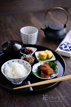 鱧の蒲焼定食 - Japanese breakfast style.