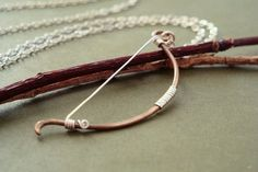 Archery bow necklace  Elven fantasy hunting weapon par MisoPretty
