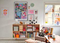 I love all the color in this space! /BR @Leslie Lippi Riemen til MERNEE