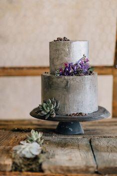 Silver wedding cake // Romantic Wedding Inspiration by Wertan Photo and Local Weddings Budapest