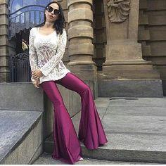 "21 Likes, 1 Comments - Lukka Confecções (@lukkaconfeccoes) on Instagram: ""Calça mega flare uva disponível aqui na Lukka . ♥ #calcamaxiflare #Apaixonada #amaisvendida…"""