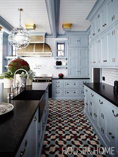 Consider a graphic floor tile. | Photographer: Angus Fergusson Designer: James Davie