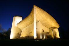 Le Corbusier. The best. KAGADATO selection. **************************************G.VIEILLE, LA CHAPELLE NOTRE-DAME DU HAUT, RONCHAMP
