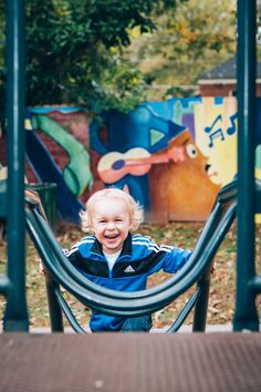 Family photographer photography photo picture pic mom dad son kid fun playground Playground Photo Shoot, Playground Photography, Playground Pictures, Children Photography Poses, Park Playground, Outdoor Playground, Photography Classes, Photography Photos, Young Family Photos