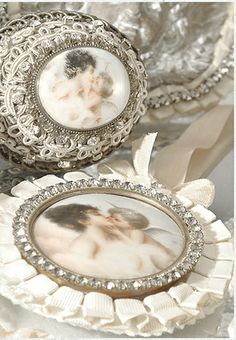 Pasimenterie Couture with antique French Porcelain Cherubs