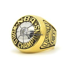 1973 New York Knicks NBA Championship Ring.Best gift from www.championshipringclub.com for New York Knicks fans. Custom your own personalized championship ring now!